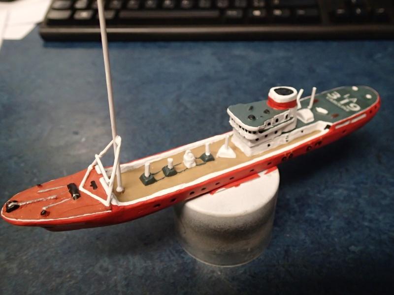 Collection de maquettes, vieux jouets et objets de marine - Page 2 P3300010