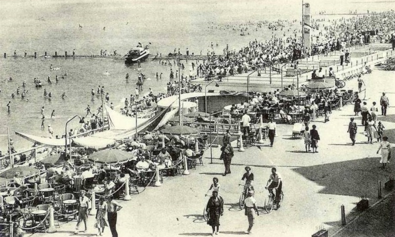 Les Bateaux Amphibies d'excursions en mer des plages belges - Page 3 Screen61