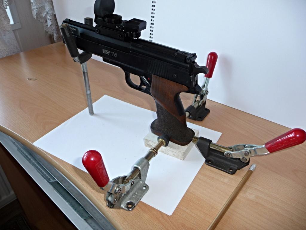 Dispositif pour bloquer un pistolet pour régler la lunette ou Red Dot P1040810