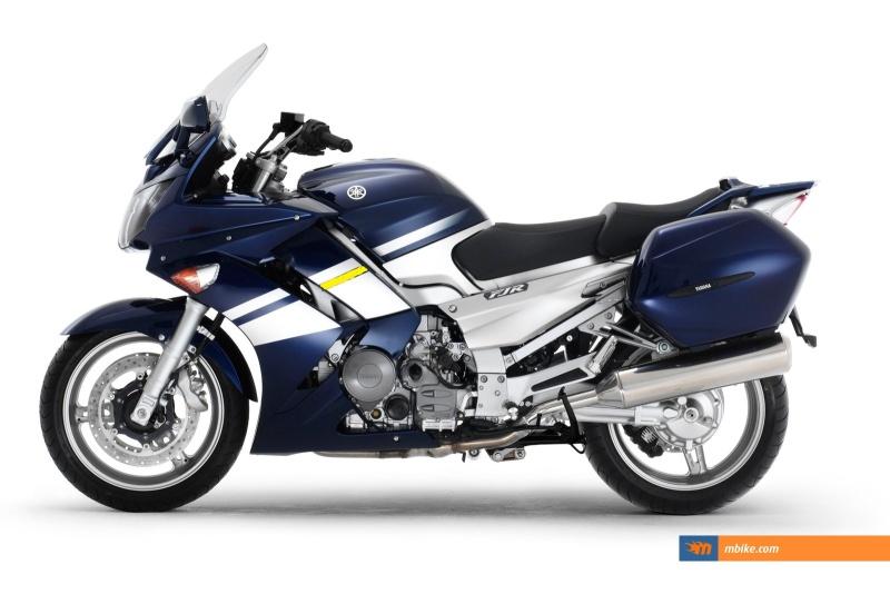 Bandes laterales Yamaha11