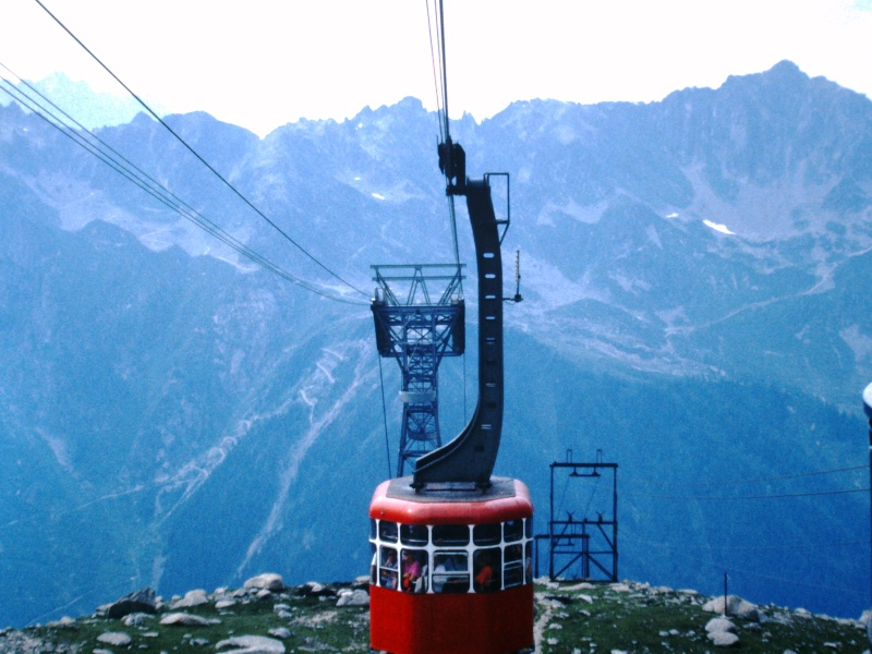 L'Aiguille du Midi, 3842 m - Page 3 Pict0010