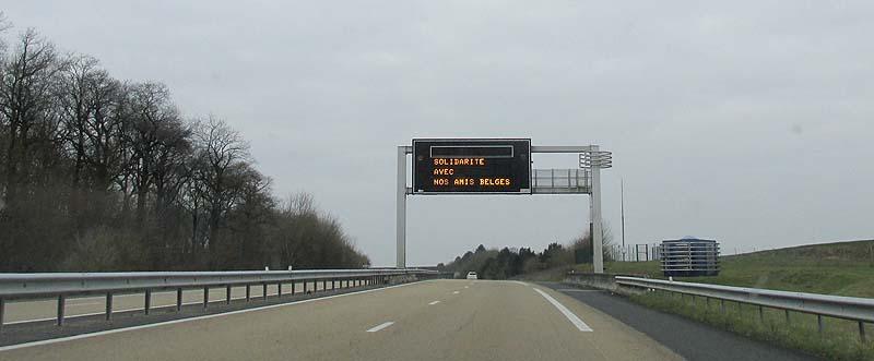 Attentats à Bruxelles !!! Autoro10