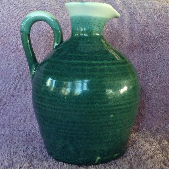 NZ pottery from the 70s is made by Orzel Orzelg10