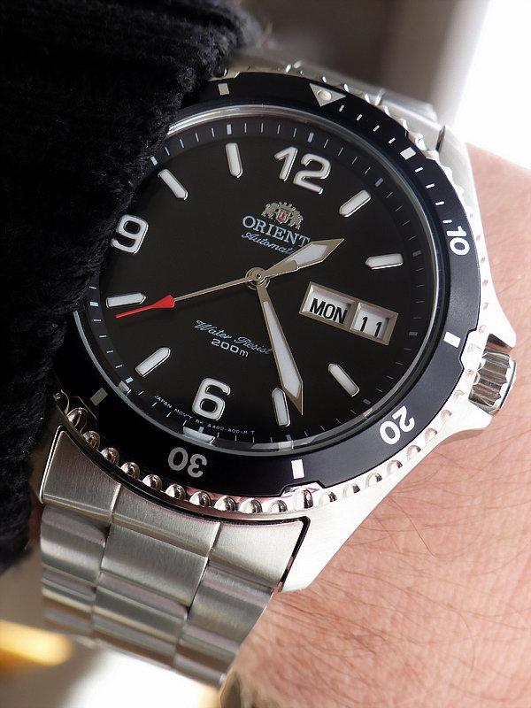 Vos photos de montres non-russes de moins de 1 000 euros - Page 10 P1_11010