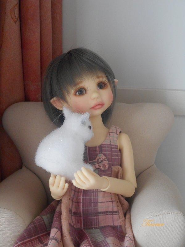 Bea de Tracy Plomber  nouvelle coiffure au 8-10  Dscn1532