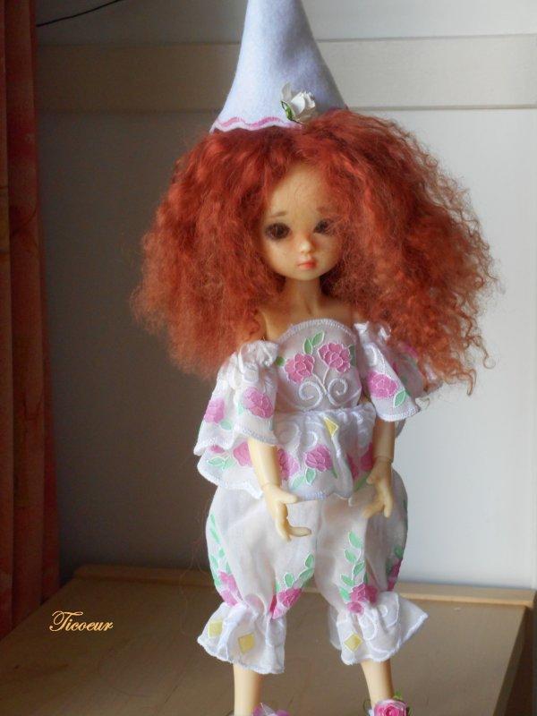 Zoya mon tit bouchon (Millie) a une nopuvelle tenue le 23-12  Dscn1563
