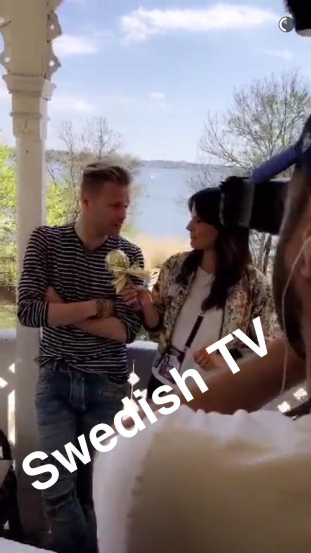 Con la prensa de Suecia 0031410