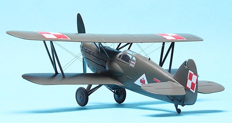 Avia B.534 - RS Model 1/72 - Movie Star Img_6223