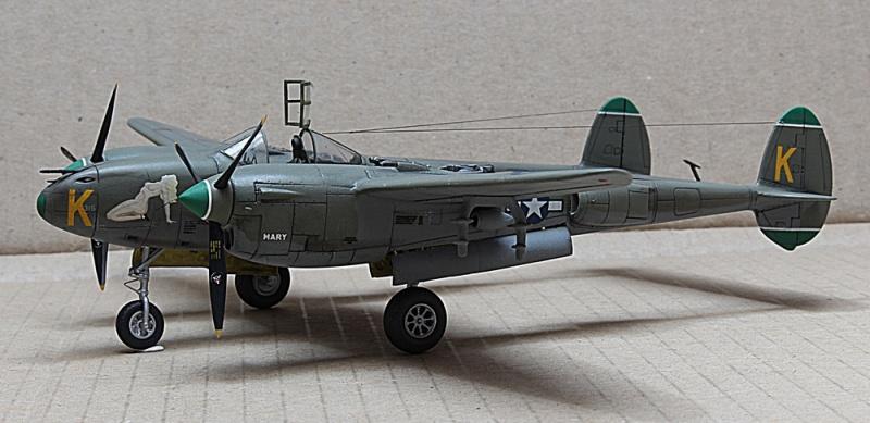 P-38J Lightning Dragon 1/72 Img_6317