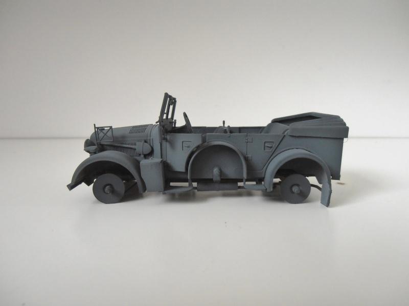 "Horch kfz 15 "" La panne "" ( italeri, 1/35eme ) P3270428"