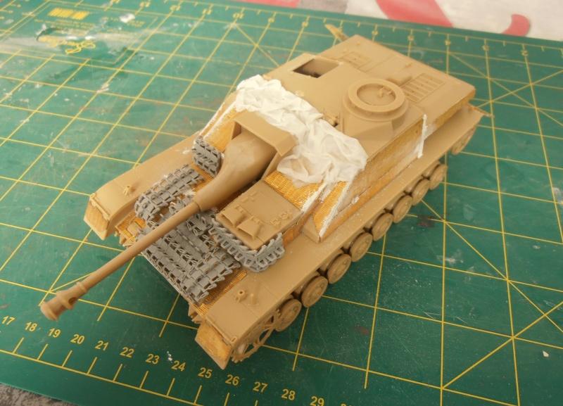 Stug IV Ausf.G  (Italeri au 1/35eme) - Page 2 P4150710
