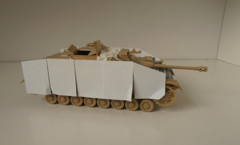 Stug IV Ausf.G  (Italeri au 1/35eme) - Page 2 P4170813