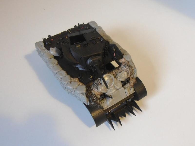 M5A1 Stuart ( Tamiya / Blast au 1/35eme ) P4230815