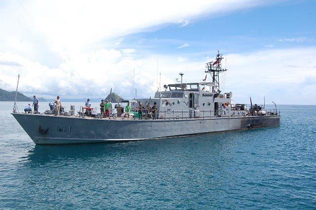 Marine des Philippines - Page 3 14110