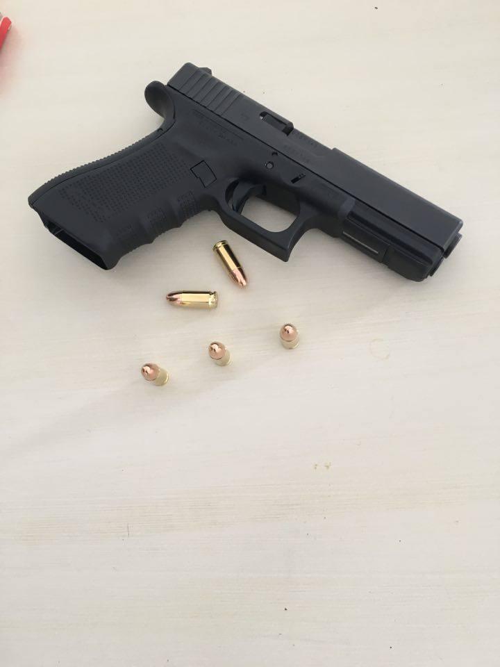 Mon PA et mon révolver Glock_10