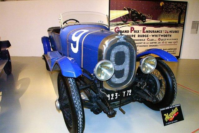 Les 110 ans de l'Automobile Club de l'Ouest. 800px-12
