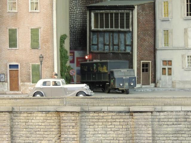 Le RAMBOLITRAIN, c'est aussi des automobiles... Dscn6413