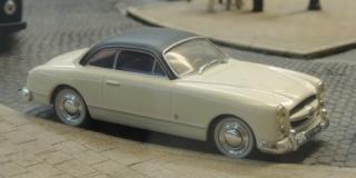 Le RAMBOLITRAIN, c'est aussi des automobiles... Dscn6420