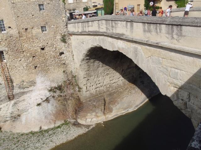 Le pont, incontournable du paysage routier - Page 2 Mirabe10