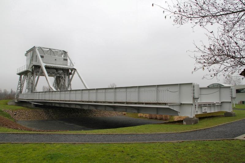 Le pont, incontournable du paysage routier Pegasu13