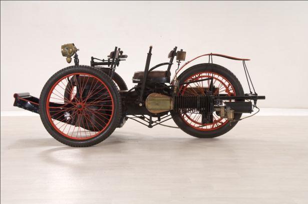 Les 110 ans de l'Automobile Club de l'Ouest. Tricyc10