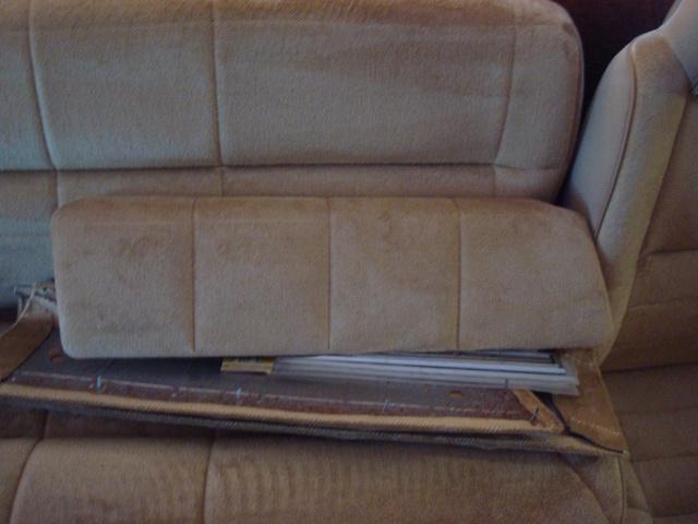 Recherche garniture beige de panneau S1 Dsc00026