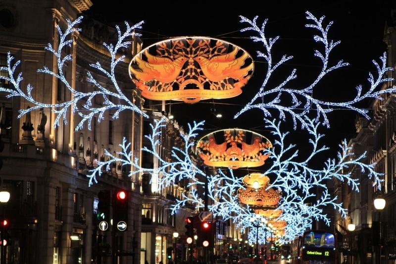 Les illuminations de Noël pour les fêtes 2.015   2.016 ! - Page 6 01_chr10