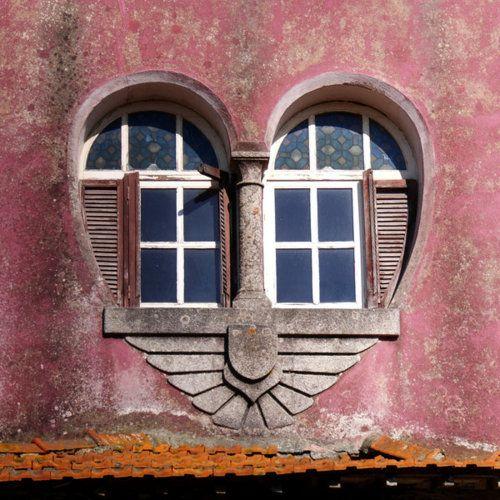 Des fenêtres d'hier et d'aujourd'hui. - Page 39 2c103810