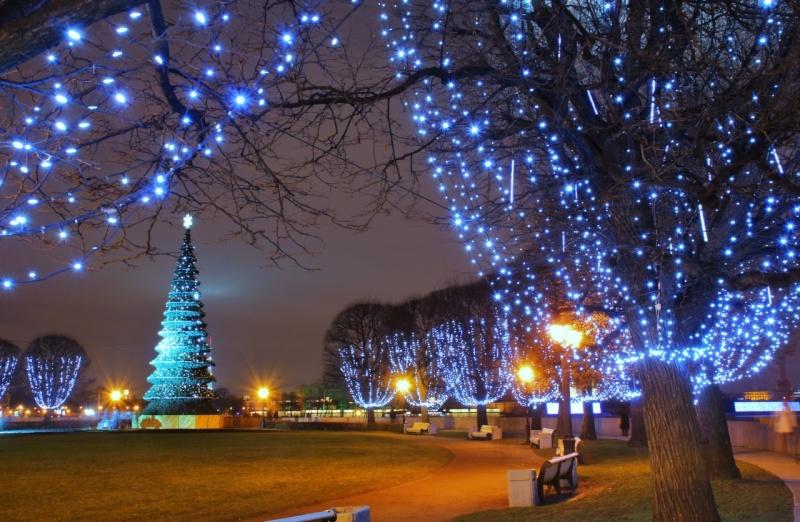 Les illuminations de Noël pour les fêtes 2.015   2.016 ! - Page 6 36353210