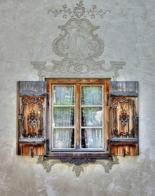 Des fenêtres d'hier et d'aujourd'hui. - Page 40 B219e710