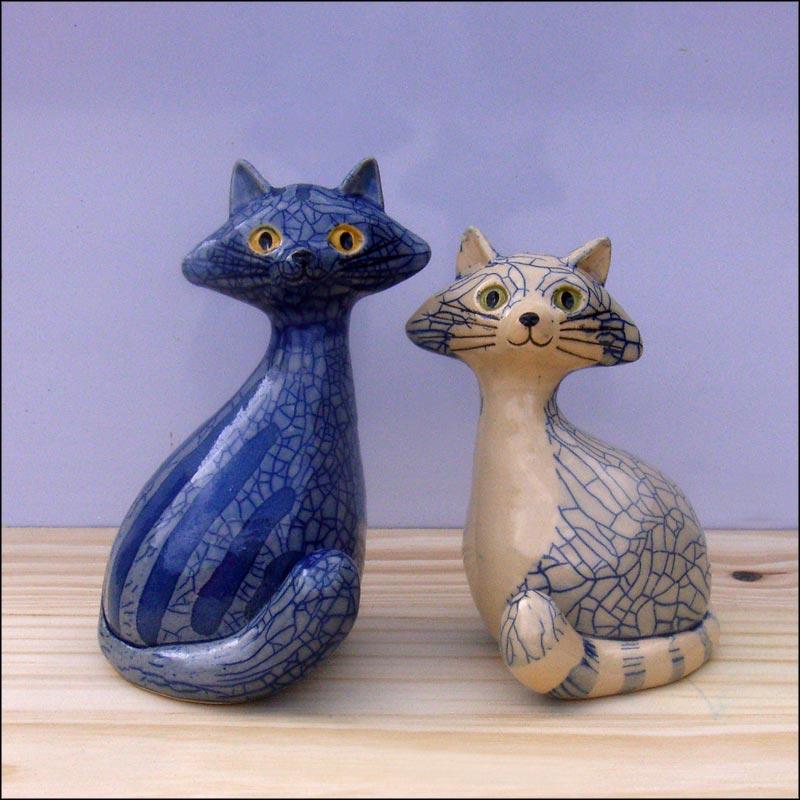 Les chats - Page 2 Blue_b10
