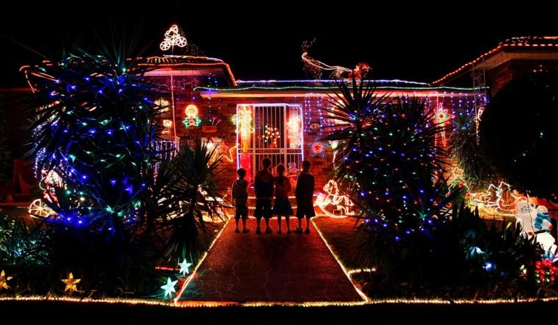Les illuminations de Noël pour les fêtes 2.015   2.016 ! - Page 7 Lights17