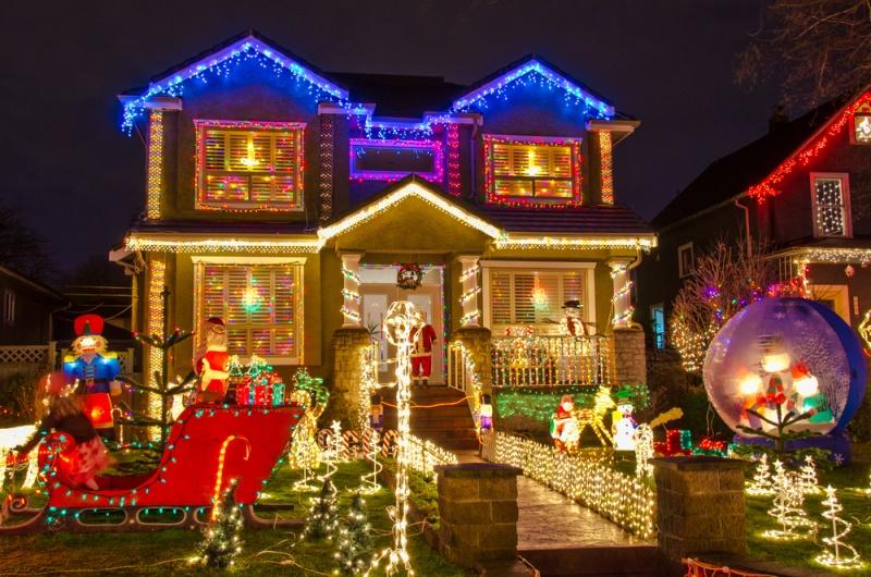 Les illuminations de Noël pour les fêtes 2.015   2.016 ! - Page 7 Shutte11