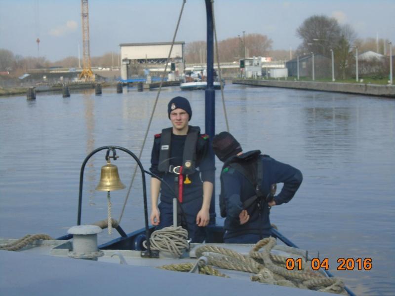 cadet de marine - Page 4 3510