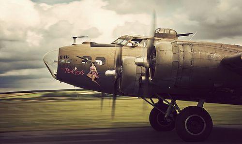 UN MIRACLE EN 1943 PENDANT LA SECONDE GUERRE MONDIALE Pink_l10