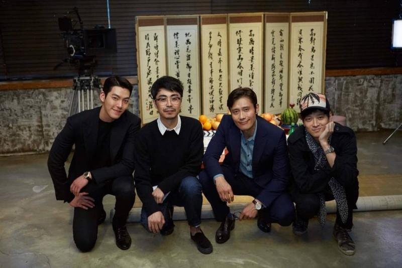 """Rituel pour le lancement du tournage de """"Master"""" Lee-by10"""