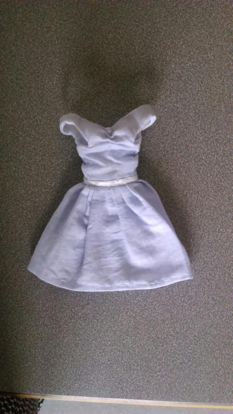 [Ventes] Vêtements taille Pullip / Blythe Img_2011