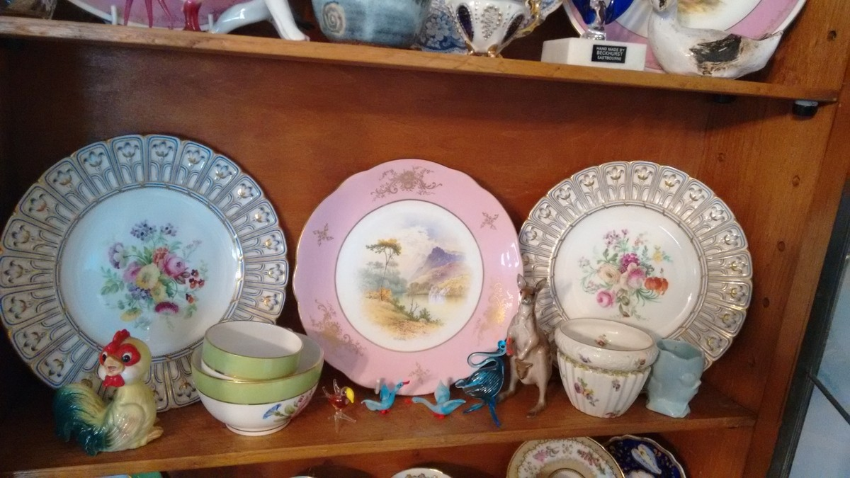 Thought on Antique porcelain plates ... English or German ?? Plate_10