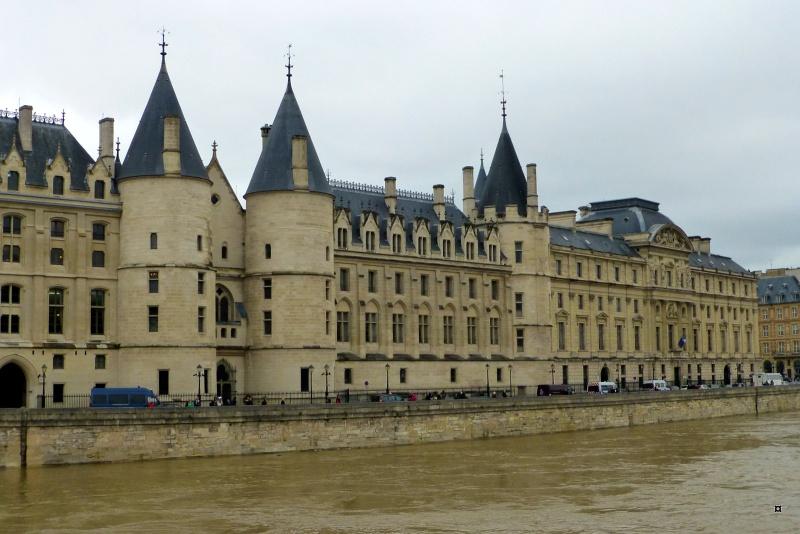 Paris en couleurs , Paris en noir et blanc ! - Page 4 Inonda17