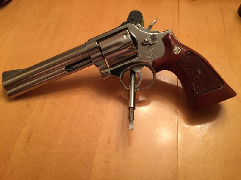Polissage stainless sur mon 357 s&w Image111