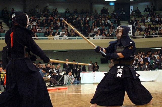 Carquois en cuir et lames de Shinaï (sabre en bambou de Kendo). Www_ka10
