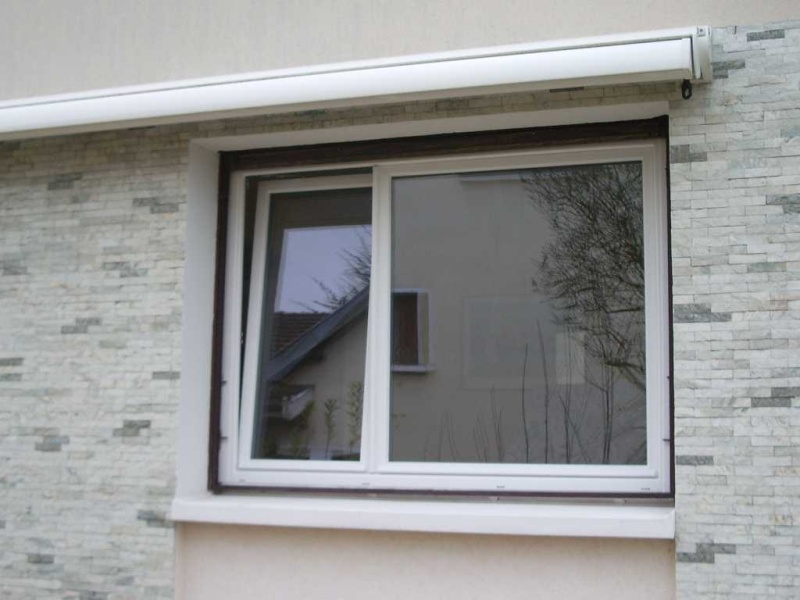 Des fenêtres d'hier et d'aujourd'hui. - Page 4 Fenetr10