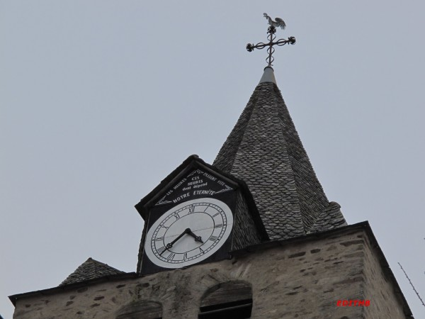 Reçu un beau diapo....Les horloges et pendules des rues..... - Page 25 Horlog10