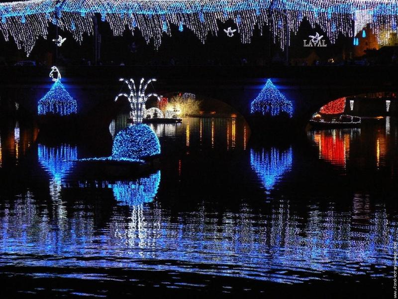 Les illuminations de Noël pour les fêtes 2.015   2.016 ! - Page 7 Pumdjp11