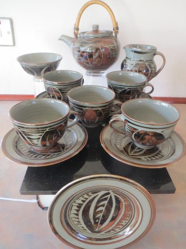 Harry and May Davis, Crowan Pottery Img_9910