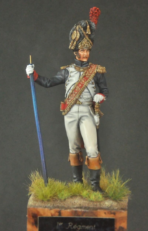 Porte-Drapeau 1er Régiment des Grenadiers à Pied G.I. 75 mm Pegaso. Photos finales Dsc_0010