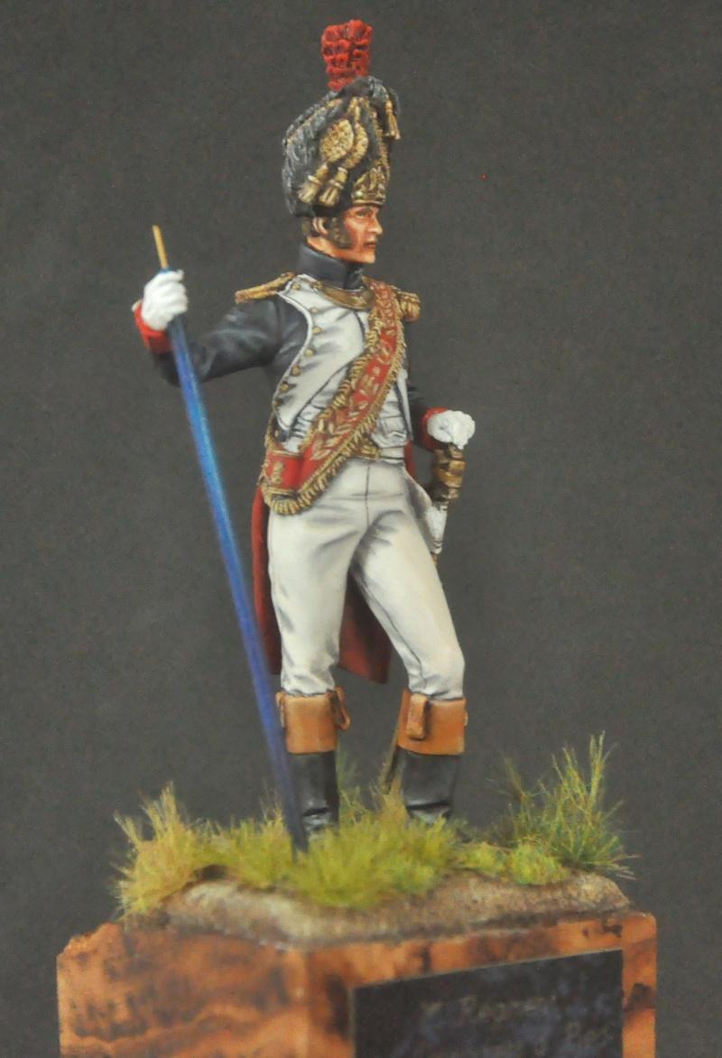 Porte-Drapeau 1er Régiment des Grenadiers à Pied G.I. 75 mm Pegaso. Photos finales Dsc_0013