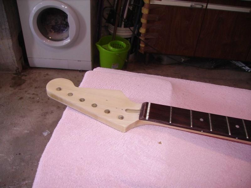 Guitare à la Godin Pict8323
