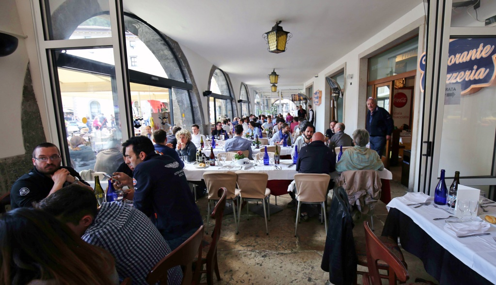 Giro del Lago di Garda e 1° Concorso d'Eleganza Lotus 10 Aprile 2016 - Pagina 15 Img_9016