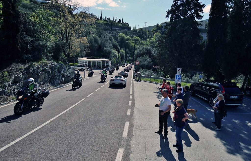 Giro del Lago di Garda e 1° Concorso d'Eleganza Lotus 10 Aprile 2016 - Pagina 15 Img_9911